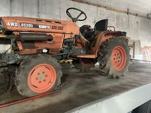 4 Wheel Drive Kubota B5200 Tractor Parts Or All That Is Left