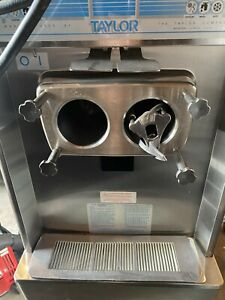 Used Yogurtland Branded Ice Cream Soft Serve Ice Cream Machine taylor 794 33