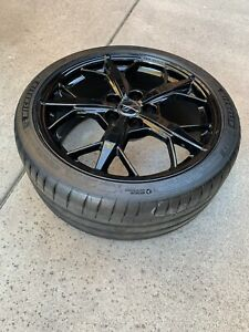 New 2020 C8 Corvette Trident Rims And Tires