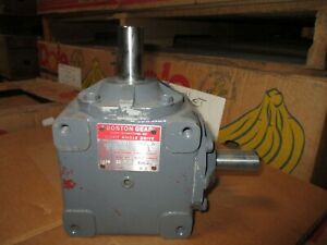 Boston Gear R1211 Speed Reducer Angle New