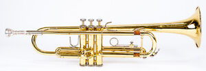 BACH TR300 BRASS TRUMPET WITH YAMAHA 11C4 7C MOUTHPIECE IN CASE USA $175.00