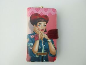 Nicole Lee Universal Adjustable Cell Phone Case Daisy Takes Love Print New $21.00