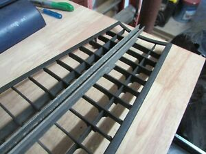 Triumph Tr6 Front Grille In Exc Cond Free Shipping