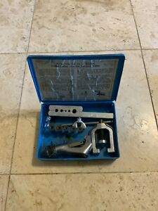 Vintage Blue Point Tubing Tool Double Flaring Tool Set Tf528c