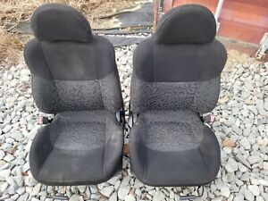 2000 Mitsubishi Tiburon Front Seat Sey Black Cloth With Design Red Stitch