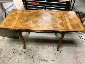 Oak French Parquet Draw Leaf Table