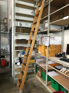 Putnam Rolling Ladder 10 Rung 7 Step With Track And Brackets