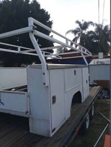 Harbor 9ft Utility Truck Bed With Ladder Rack 60 Ca Single Rear Wheel