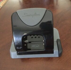 Swingline Smarttouch 2 hole Low force Punch 20 sheet Capacity Jam Free