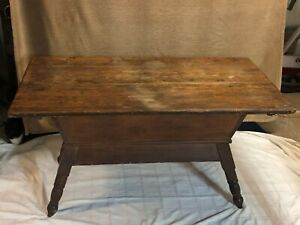 Antique Primitive Dough Box With Hand Cut Dovetails Turned Legs And Lid