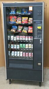 Snack cigarette Vending Machine With Credit Card Reader