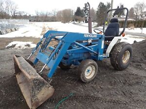 New Holland 1715 Compact Tractor W Loader 23 Hp Diesel 4x4 540 Pto 992 Hrs