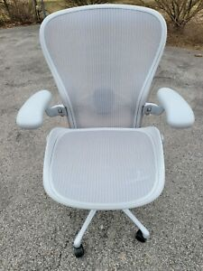 2021 Herman Miller Aeron Remastered Mineral Size C Large Office Desk Chair