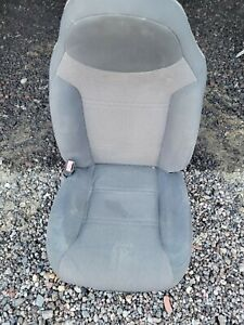 2002 Ford Ranger Driver Bucket Seat Cloth Black And Gray Manual