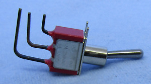 Philmore 30 20017 Spdt On on Right Angle Pc Mount Mini Toggle 5a 120v Ac