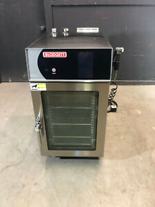 Blodgett Blct 10e Boilerless Mini Combi Steamer Oven 208v Electric Touchscreen
