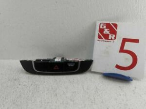 2011 Hyundai Tucson Center Dash Hazard Emergency Light Switch Oem