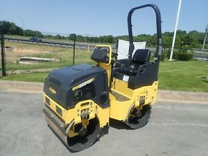New Bomag Bw900 50 Vibratory Tandem Roller Smooth Drum 20 Hp Gas Engine