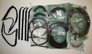 1987 1991 Ford Truck F150 F250 F350 Complete Weatherstrip Kit With Chrome Trim