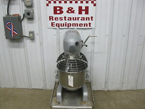 Hobart A 200t Timer Mixer 20 Qt W Stainless Steel Bowl Guard Flat Beater Paddle