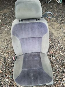 2004 Chevrolet Monte Carlo Driver Left Front Seat Gray Power With Design