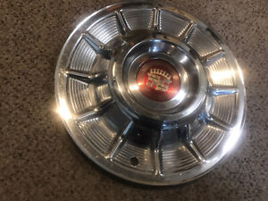 1957 Cadillac Hubcap Wheel Cover Oem With Center Emblem 57