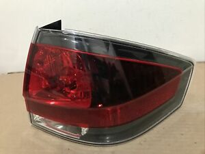 2008 2009 2010 2011 Ford Focus Sedan Passenger Right Side Tail Light Oem Black