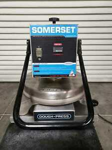 Somerset Sdp 747 Multi function Heated Pizza Dough Press Works Great