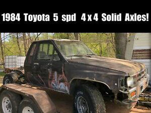 1984 4x4 Stock Toyota Parts Truck Complete Solid Axles T case Trans 22r Engine