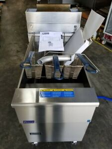 Pitco 65 Lbs Natural Gas Deep Fryer vf65 Excellent Condition