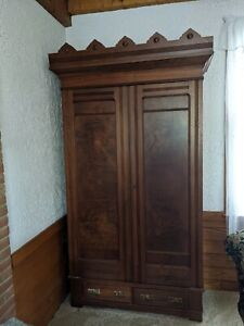 Antique Wardrobe Beautiful Woodgrain