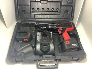 Snap On 3 8 14 4 Cordless Impact Wrench case charger 2 Batteries But One Is D