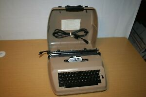 Sears Electric 1 Model 161 Correction Typewriter With Case 53220