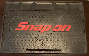 Snap On Tools Black Rubber Bench Top Utility Tool Box Mat