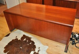 Ofs Endura Desk And Kneespace Credenza With Hutch In Light Cherry