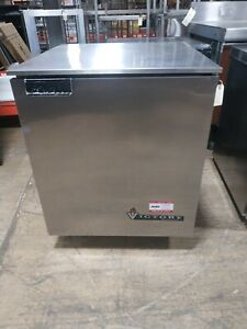 Victory Ur 27 sst Commercial 27 Undercounter Refrigerator Used