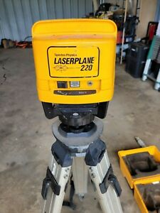 Spectra physics Laserplane Laser Level Receiver Tripod And 13 Foot Grade Rod