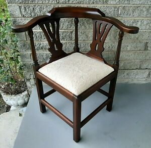 Vtg Bartley Collection Furniture Solid Mahogany Corner Chair Upholstered Seat