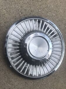 Single 1 1958 58 Ford 14 Inch Hubcap Wheel Cover