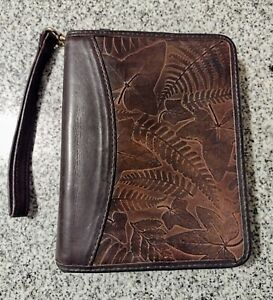 Franklin Covey Quest Brown Leather Compact Planner Binder Embossed Leaves Leaf
