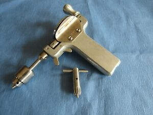 Vintage V Mueller Manual K wire Driver Bunnell Drill