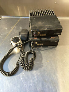 Lot Of 2 Motorola D51mja97a3ak Maxtrac Mobile 2 way Radio With Microphone