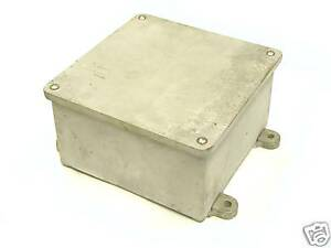 8x8x4 Cast Junction Box With Feet Yl Wyl Wcb