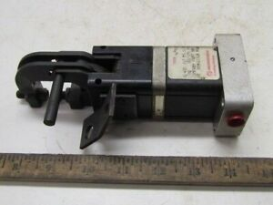 Norgren Grip lok Gl Series Pneumatic Gripper Gl400 J12 M5 U Psoc 2 12 New