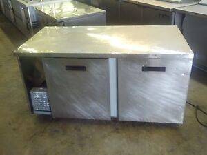 Randell Refrigerated Preparation Table 32 Work Top