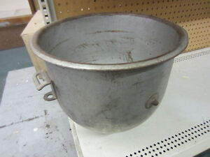Mixer Mixing Bowl 20qt Reduced 30 Must Sell Send Any Any Offer