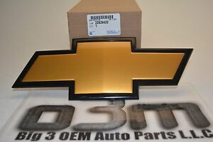 2011 2013 Chevrolet Silverado Hd Bow Tie Front Grille Emblem Oem New