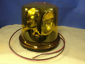 Vintage Low Profile Amber Rotating Beacon Emergency Signal Light 12vdc 2 bulb