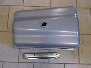 Naa9002e Ford New Holland Tractor Gas Fuel Tank 600 800 Naa Jubilee