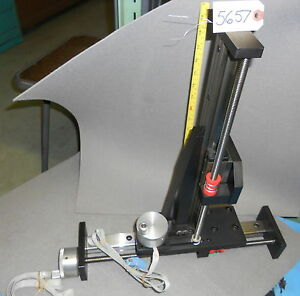 Dual Axis Metrology Gage Manual Operated Belt Drive